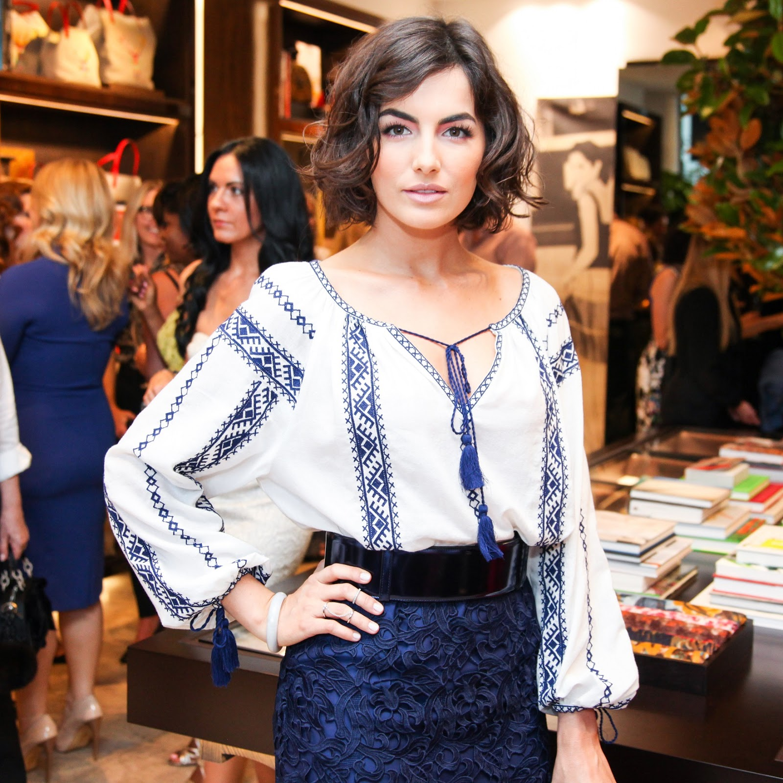 camilla personals A complete dating profile of all camilla belle boyfriend or husband and all relationships she had in past also, know who is she dating in 2017 camilla belle is a famous american actress known for her roles in movies like when a stranger calls, 10,000 bc, the quiet, push, breakaway etc.