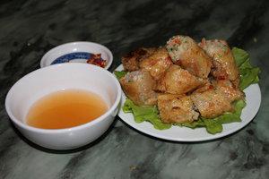 Squid spring rolls (Nem mực)