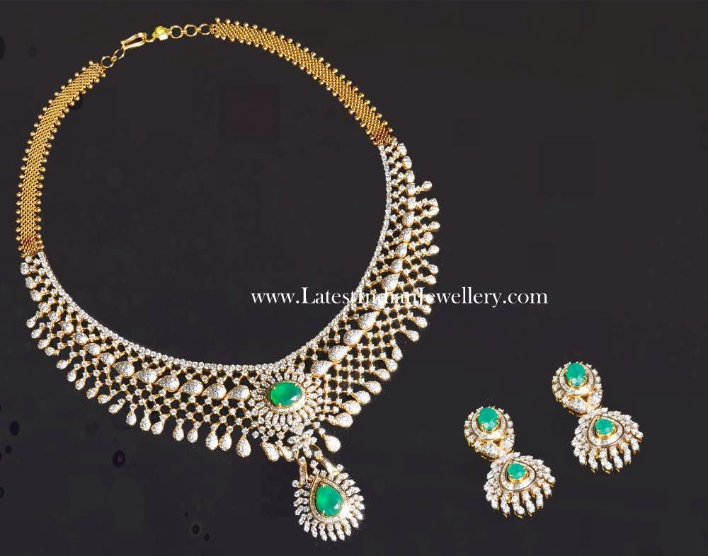 Fascinating Diamond Emerald Necklace Set