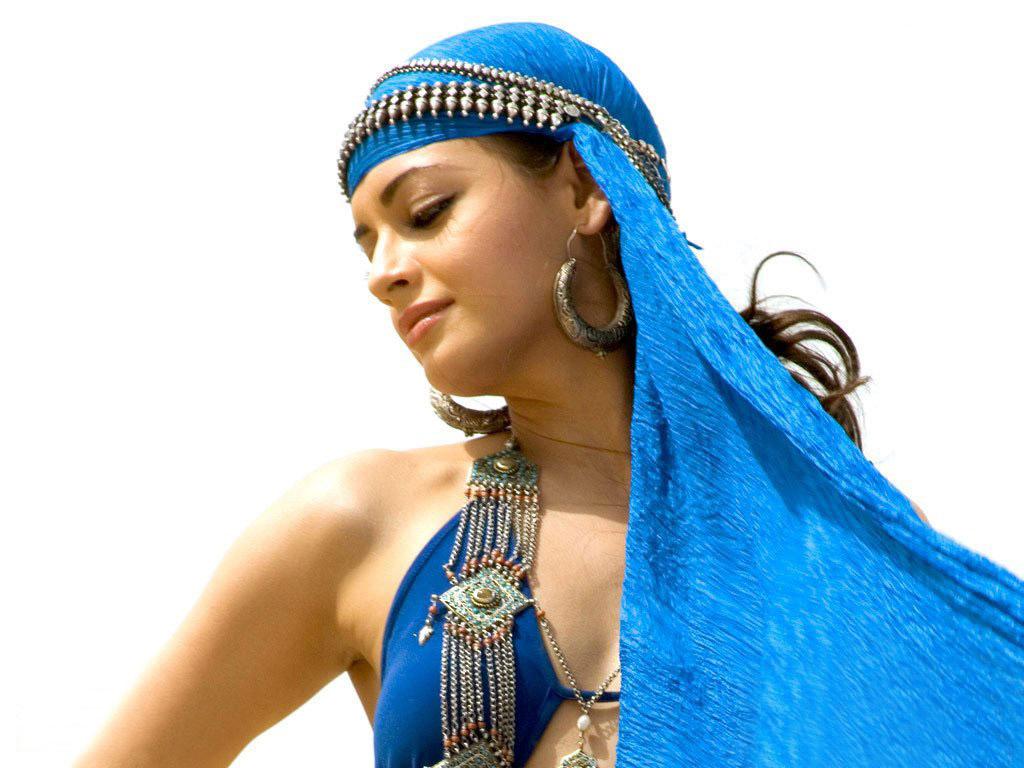 http://4.bp.blogspot.com/-p6vo9BXSHJM/TeASOHT83WI/AAAAAAAAA4M/9yAdkcOJfo4/s1600/diya_mirza-47.jpg