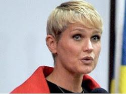 CPI sobre exploração sexual quer ouvir Xuxa.