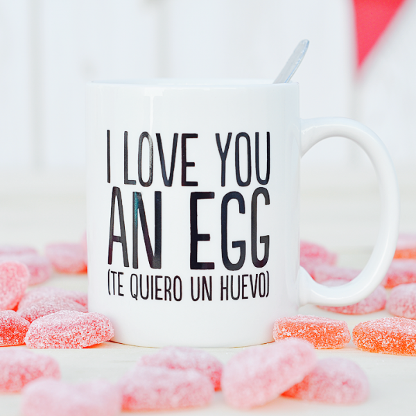 http://www.superbritanico.com/tazas/35-taza-i-love-you-an-egg.html