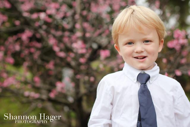shannon hager photography, okinawa children's photographer, portraits, cherry blossoms