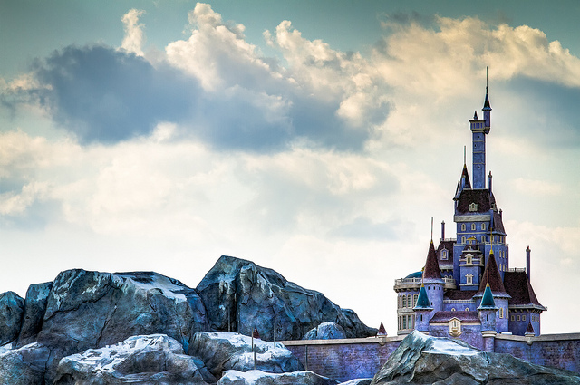disney world pictures the beast 39 s castle. Black Bedroom Furniture Sets. Home Design Ideas
