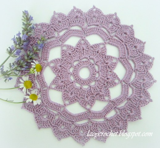 Crochet Doily Patterns Free For Beginners : Lacy Crochet: Free Doily Patterns