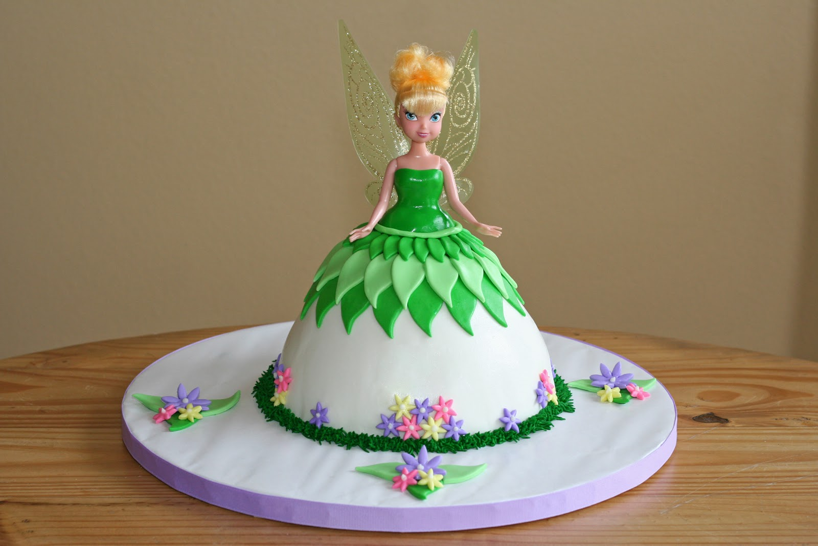 Cakes by Nicola: Tinkerbell