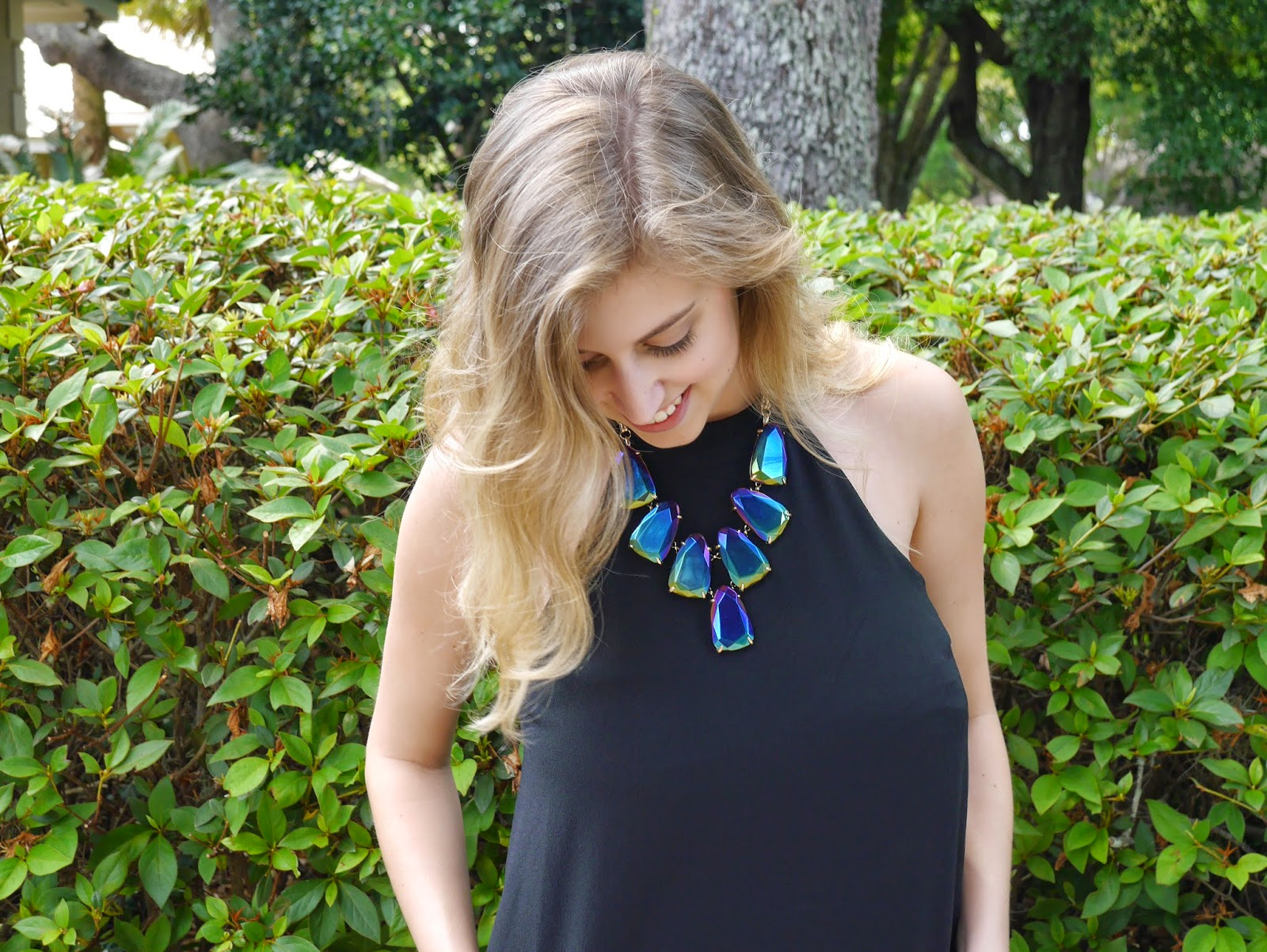 kendra scott black statement necklace