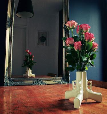 Armas y Rosas - Guns and Roses - Cosas Bonitas
