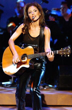 Soraya cantando en concierto
