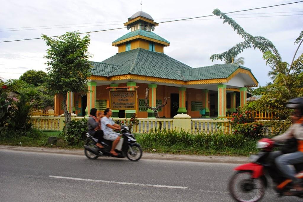 ... Cermin, Serdang Berdagai, Sumatera Utara (http://reportasesumut.com
