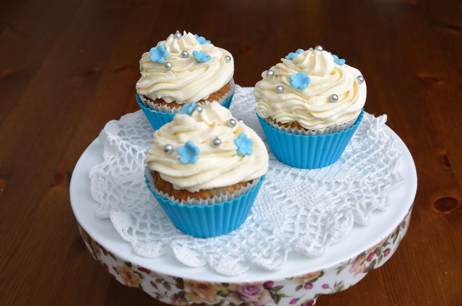 Muffiny / babeczki waniliowe z kremem waniliowym
