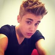 Justin Bieber herec, zpěvák, skladatel, hudebník, tanečník