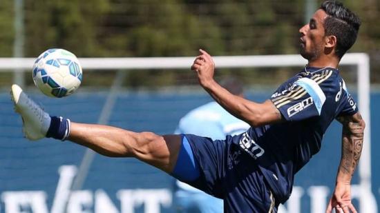 Barrios sente dores na coxa e é desfalque do Palmeiras contra o Cruzeiro