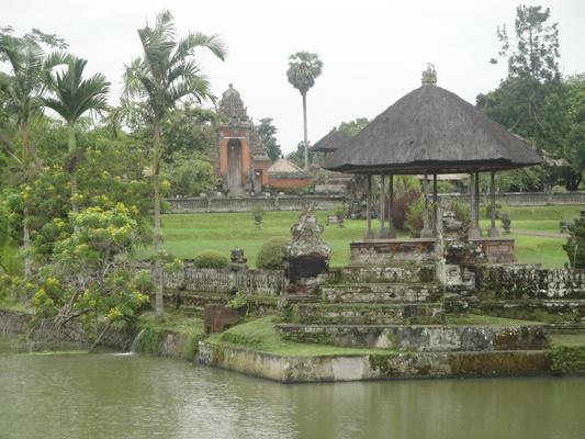 Taman Ayun Pura Kerajaan Mengwi - Mengwi, Badung, Denpasar, Bali, Liburan, Rekreasi, Objek Wisata, Tur