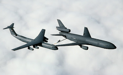 Maior avião de reabastecimento do mundo