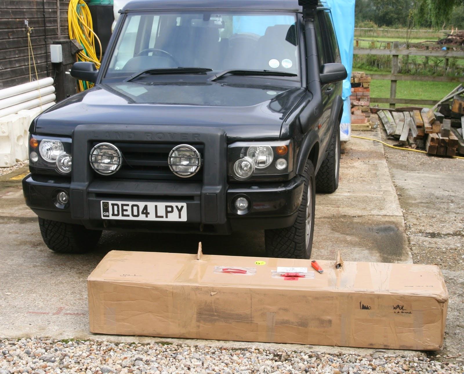 solid into at the discovery ii built light bars shot bumper tube last emu man land a am front landrover screen look rover dust runners ome old lifted