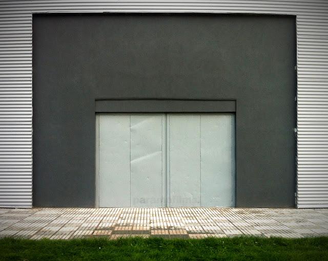 ¿Qué tal gris? Vale, bien. 2012 (cc) Abbé Nozal