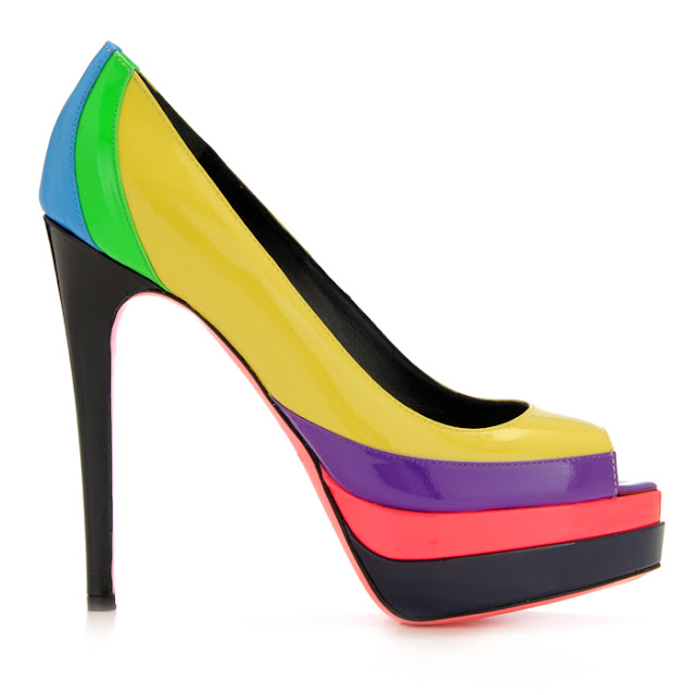 italian fashion bloggers, fluo accessories, fluo shoes, american designers, style blog, outfit blog, style and fashion mag, amanda marzolini, thefashionamy, ruthie davis, luisaviaroma, clolored accessories, fluo, lady gaga, beyoncè, colored studds,