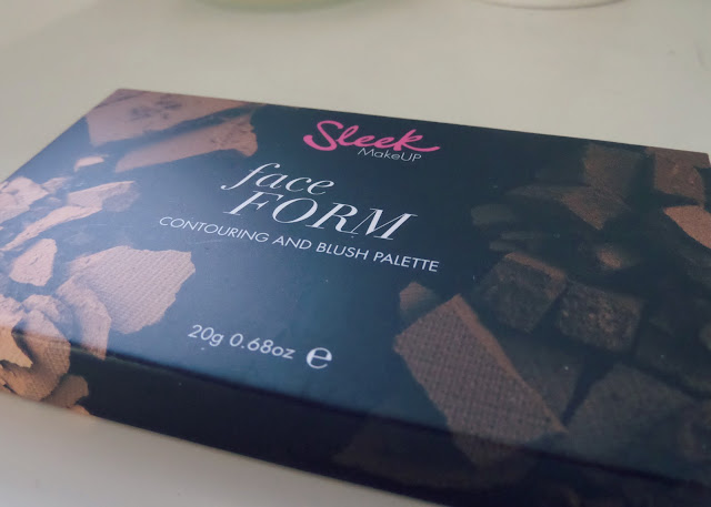 Sleek Face Form Contouring Kit Packaging