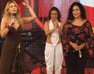 Eva Ayllón junto a Gisela Valcárcel en Reyes del Show