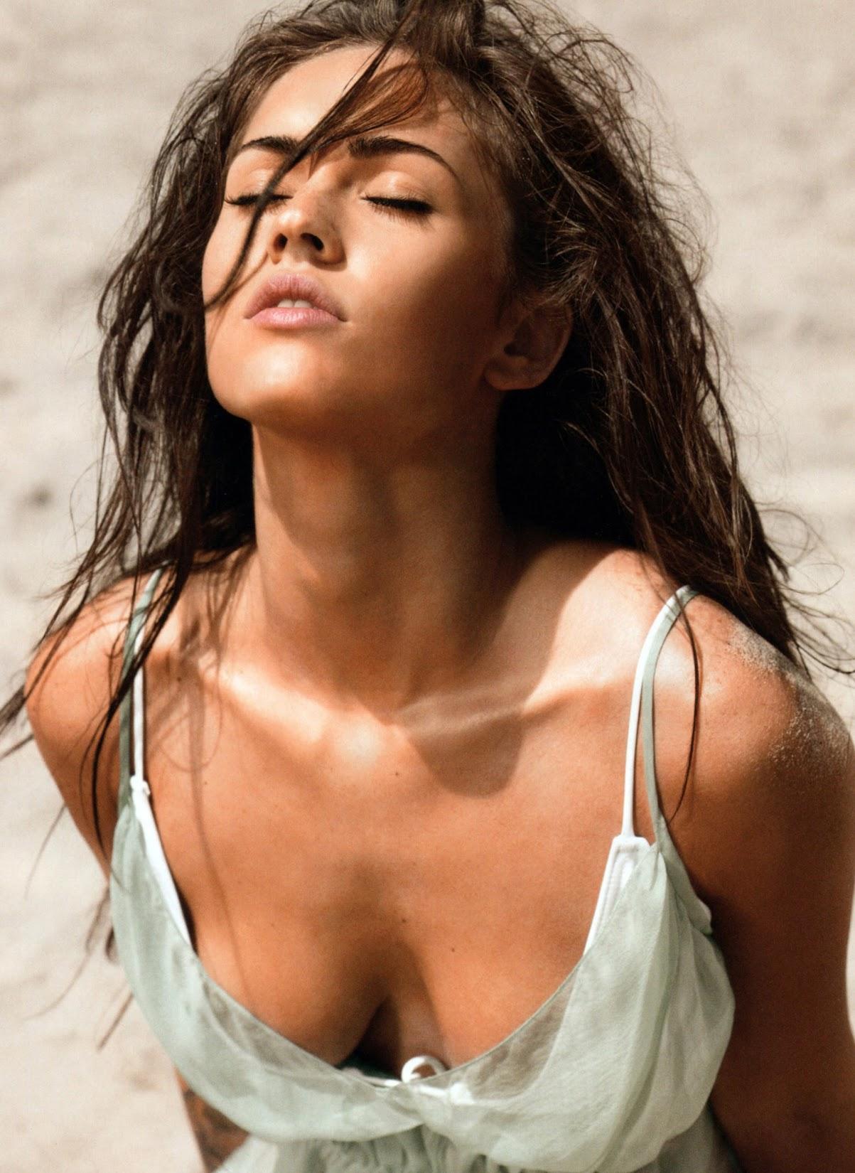 http://4.bp.blogspot.com/-p8wntA0S9cQ/T1V98W_sXfI/AAAAAAAABUs/a_OUBKRbY7A/s1650/Megan-Fox-2008-Esquire-2.jpg