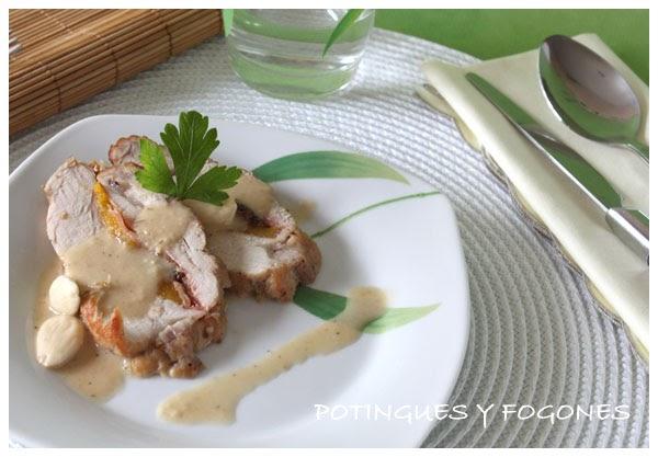 Potingues y fogones solomillo relleno con salsa de almendras - Salsa para relleno de carne ...