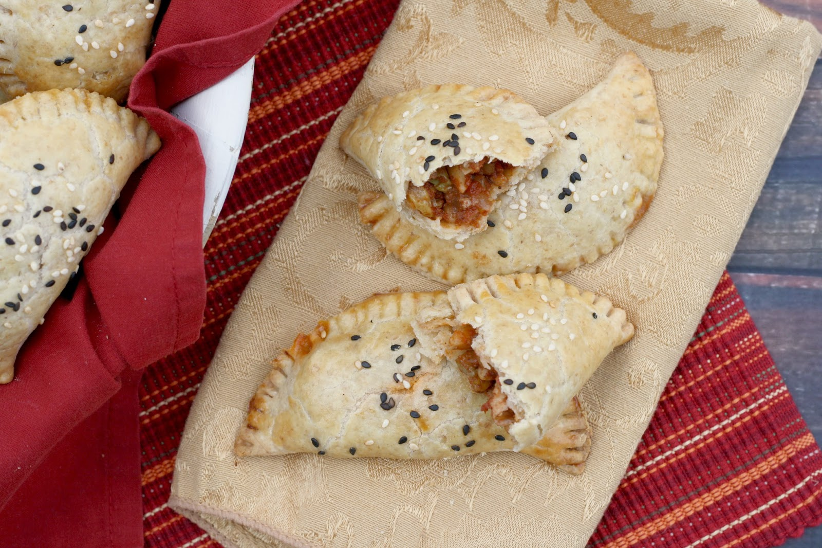 Chicken and Farro Whole Grain Empanadas - making the switch for #WholeGrainsMonth via @girlichef