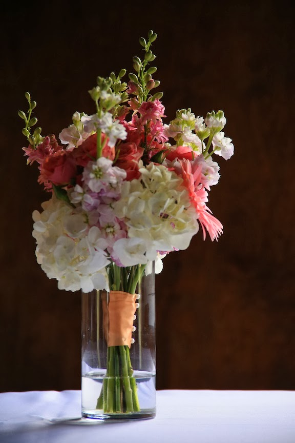 Bluemont Vineyard Wedding Detail FLowers