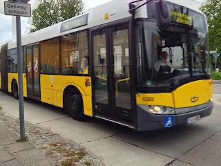 BVG + Bus: AM 15. DEZEMBER IST FAHRPLANWECHSEL Schlenker übern S-Bahnhof, aus BVG Plus