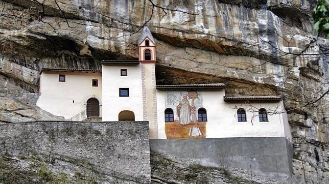 Ermita de San Colombano (Italia)