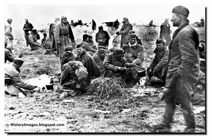 Wehrmacht men rest Russia