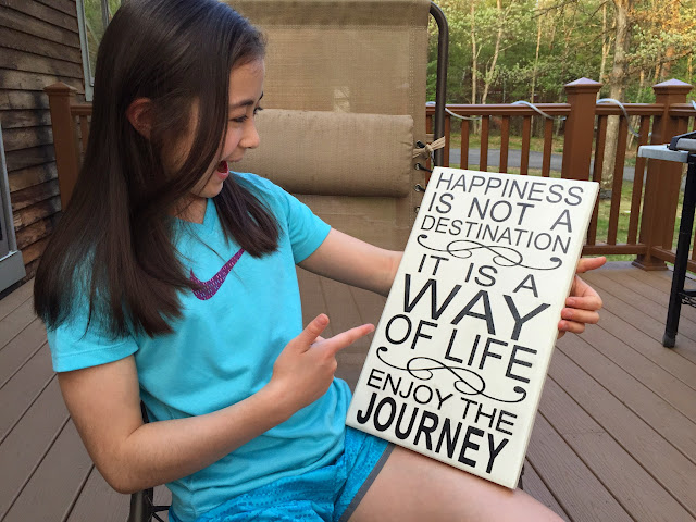 Dova loves her sign