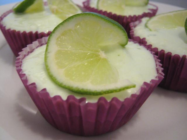 Cupcake Boom: Dessert for 2: Mini Key Lime Cheesecakes