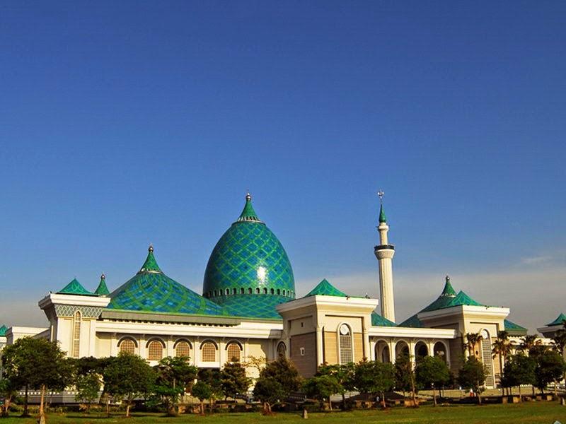 Masjid Nasional Al-Akbar Surabaya