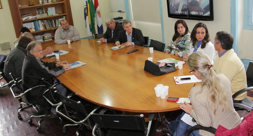 Reunião serviu para confirmar participação de Teresópolis no projeto Prefeito Empreendedor