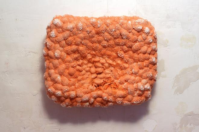 m3, polyuretan, 67x55x21cm, 2012