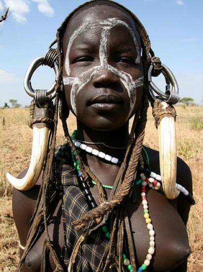 фото диких племен африки без одежды