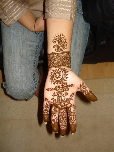 Arabic Hand mehndi design For Eid