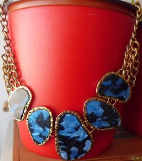 Collar de piedras azules marinas coqutte collier