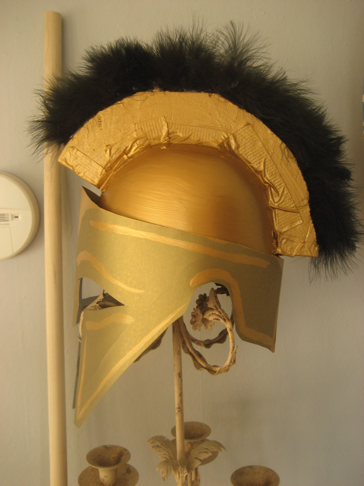 Chuck does art diy spartan hoplite costume how to make a helmet solutioingenieria Choice Image