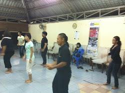 Latihan Senam Seni Malaysia antara KESUMA-i dan Yayasan Seni Pementasan Variasi Singapura