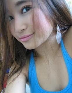 http://4.bp.blogspot.com/-pA_zgA8ePUE/TaG0Hq89iuI/AAAAAAAAAew/OUFZMICnnoU/s1600/tante+muda+cantik+1.jpg
