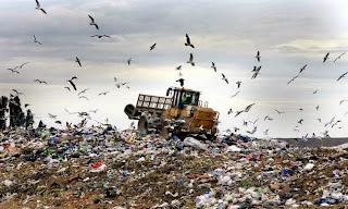 ΥΠΕΣ: Αμεση αποκατάσταση των 49 ανεξέλεγκτων χωματερών της Μακεδονίας