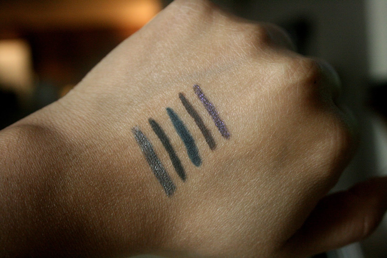 Smashbox On The Rocks Always Sharp Liner Set Smashbox Holiday 2014 Swatches of  3D Night Gem, Raven, Midnight,  Sumatra, 3D Orchid
