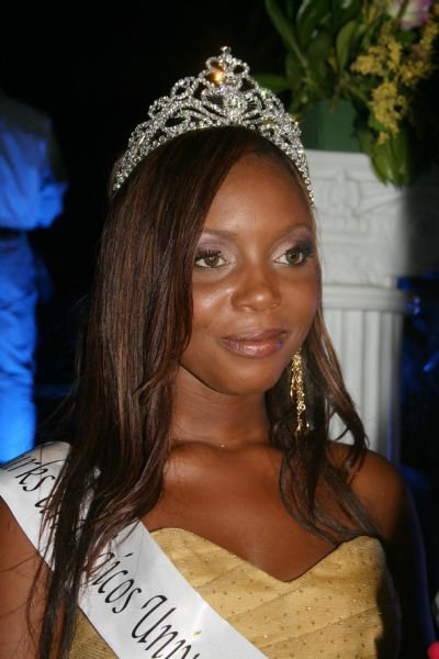 miss turks and caicos universe 2011 winner easher parker