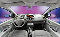 Renault Twingo 2011 interior