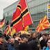 Bild des Tages - Makedonien Flagge auf PEGIDA Demo in Wuppertal