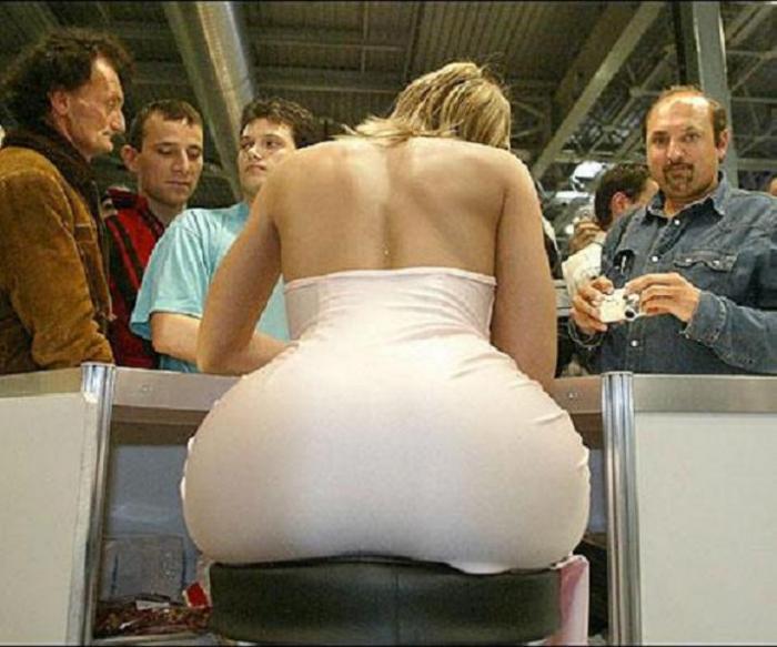Jennifer López se Desnuda :D