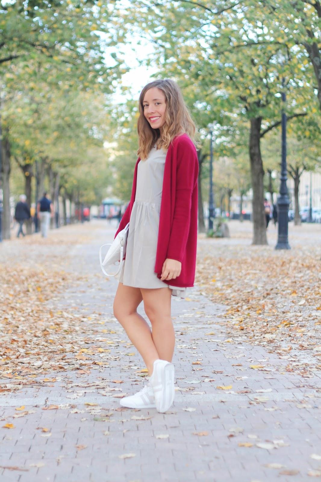 Tenue automne tendance couleur bordeaux