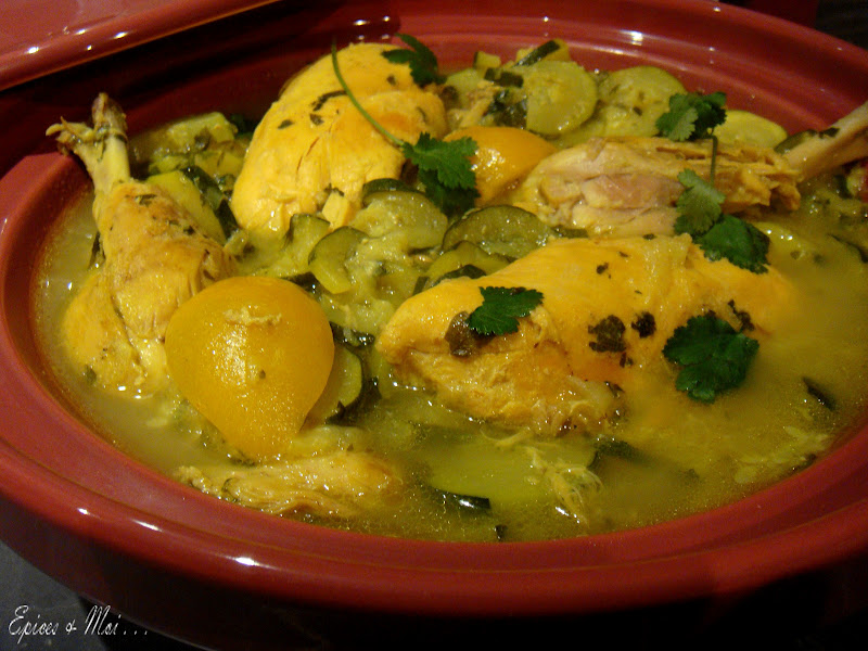 tajine de poulet aux courgettes citrons confits pices moi. Black Bedroom Furniture Sets. Home Design Ideas